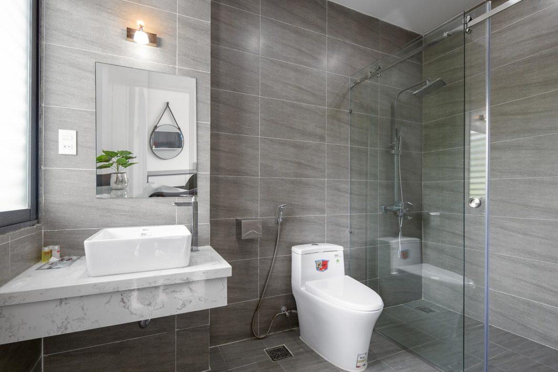 Comment bien équiper vos toilettes ?